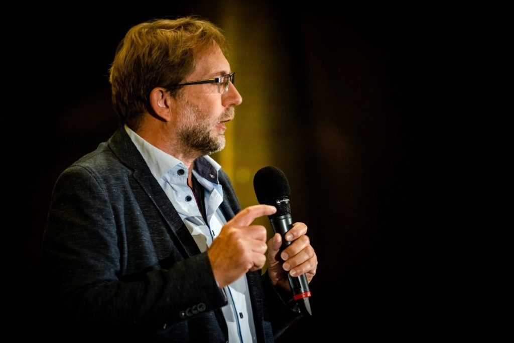 Michael beim internationalen Speaker Slam in Berlin - Weltrekord - Lebensfreude-Academy